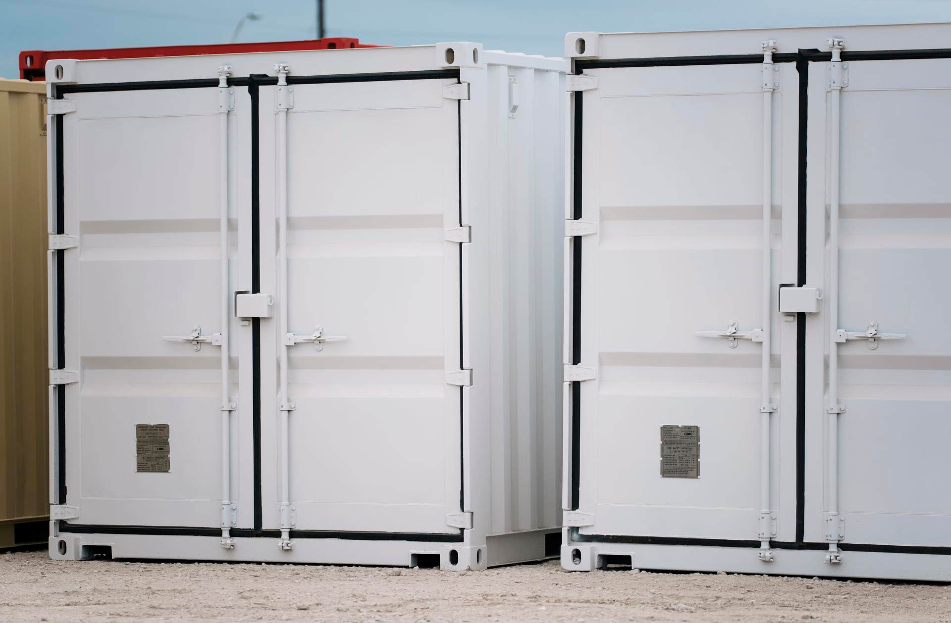 falcon_dual_storage_container_floor_plan