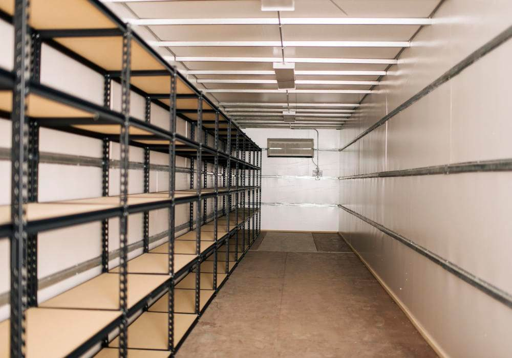 Single row shelving container