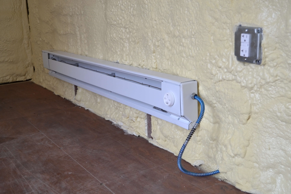 Shipping-container-baseboard-heater