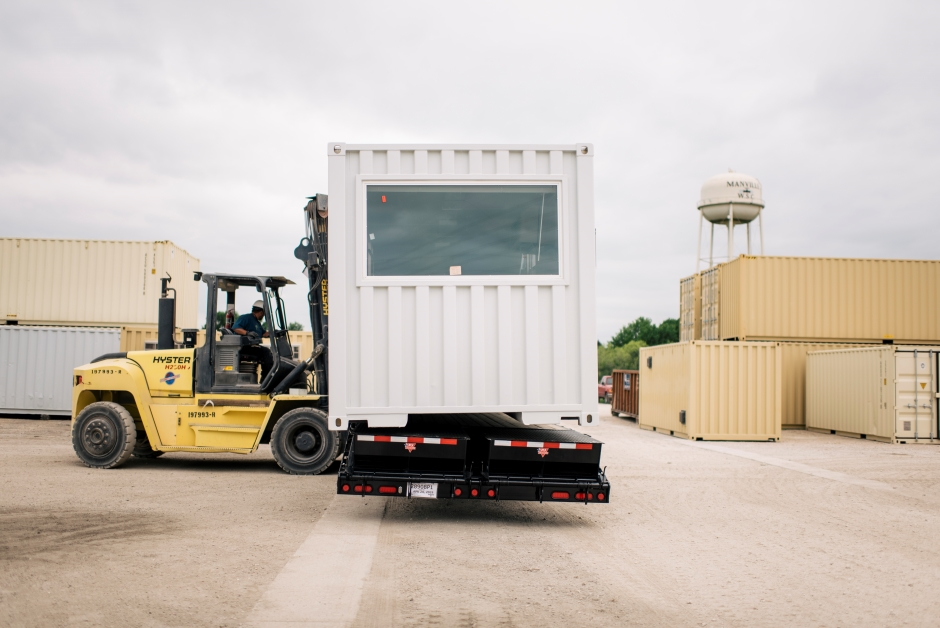 shipping-container-architecture-building