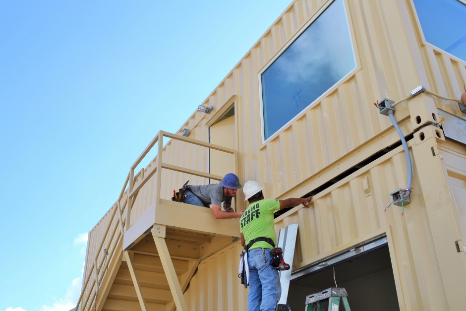 shipping-container-architecture-modular-building