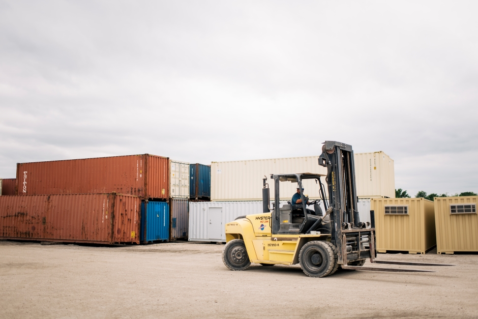 shipping-container-modification-companies