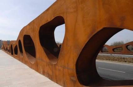 View of the Abetxuko Bridge, by Pontis21, 2006. (CC BY-SA 3.0)