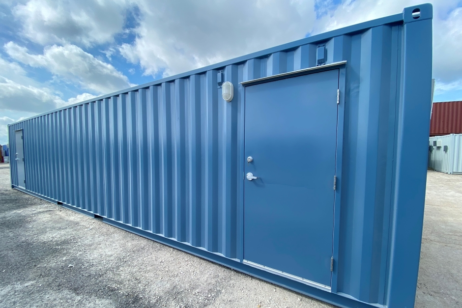 How Long do Shipping Containers Last? 3 Signs You Need Maintenance